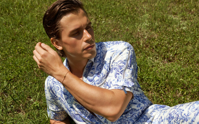 Antoni Porowski Covers the First Digital Issue of FASHION Canada