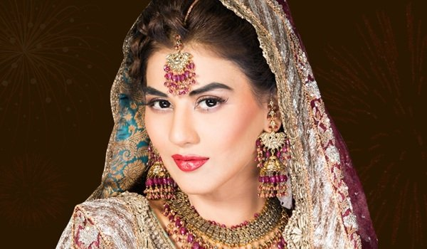 10 Ways for Instant Beauty Makeover at Diwali Parties