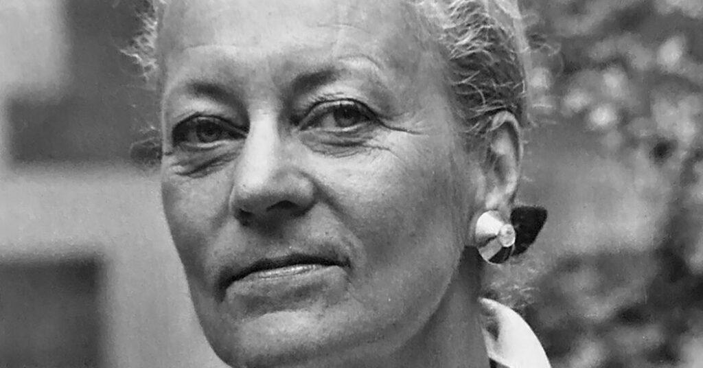 Monika Tilley, Fashion Designer and Activewear Pioneer, Dies at 86